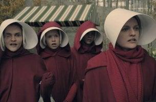 Mujeres de la serie The Handmaid´s Tale