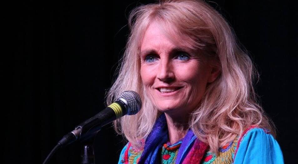 7 frases de Suzanne Powell sobre la sabiduría y el amor que te inspirarán