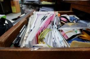 Cajon desorganizado para representar el trastorno de acumulación