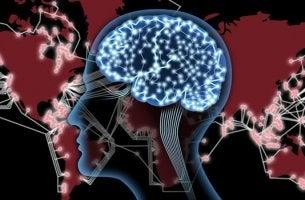 cerebro conectado representando cómo Internet disminuye la capacidad crítica