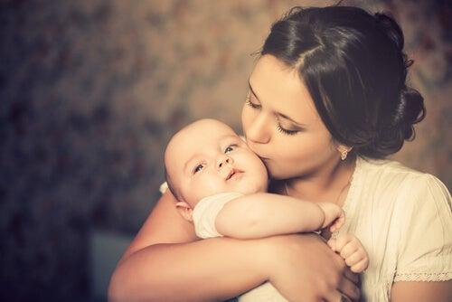 Cómo afrontar la maternidad y no morir en el intento