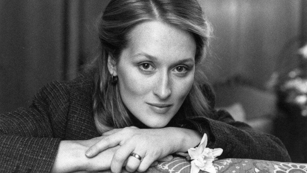Meryl Streep posando
