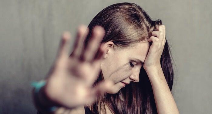 Mujer que sufre maltrato de pareja