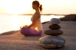 mujer practicando el Mindfulness