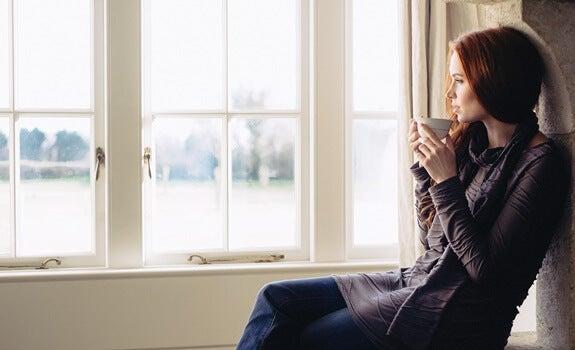 Mirar por la ventana: un maravilloso ejercicio de reflexión e introspección