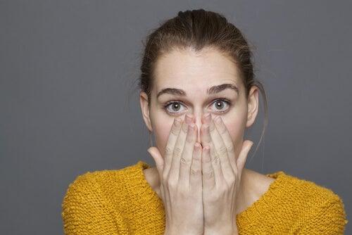 El síndrome de referencia olfativo: cuando la creencia de oler mal invade el día a día