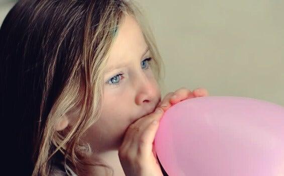 La técnica del globo para niños: favorece su relajación de forma divertida