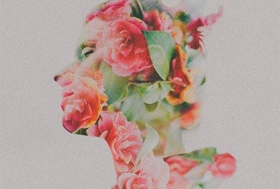 perfil hecho de flores simbolizando la personalidad genuina