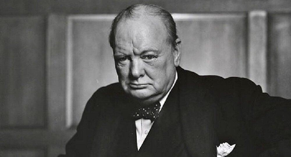 Churchill representando las lecciones de hombres sabios
