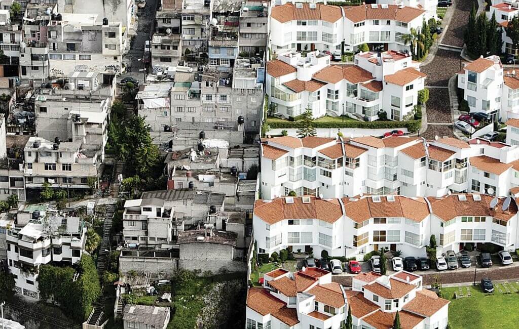 Barrio pobre y barrio rico