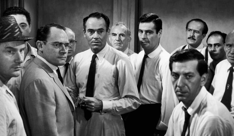 Protagonistas de la película 12 hombres sin piedad