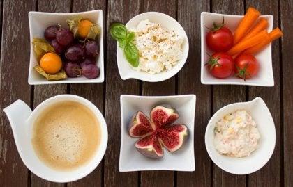 Cómo mejorar el ánimo y energía a través del desayuno