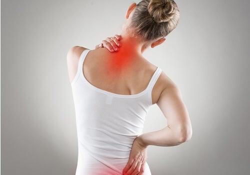 4 ejercicios para mejorar la postura de la espalda