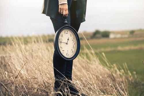 3 ladrones de tiempo que tienes que evitar