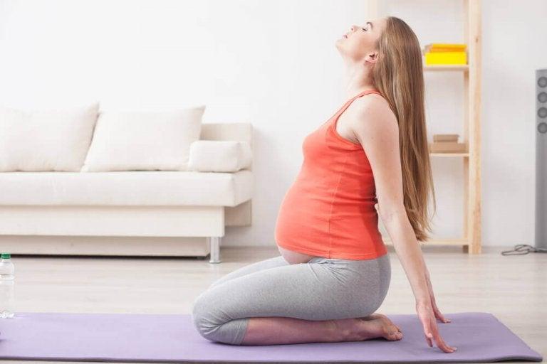 Yoga prenatal: 5 ejercicios