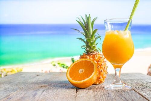 Naranja piña y zumo