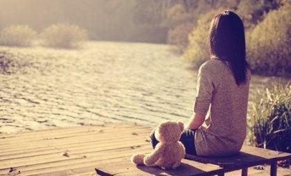El origen del sentimiento constante de abandono