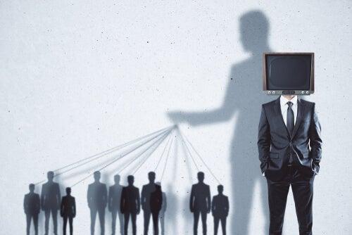 3 tipos de tácticas sobre propaganda política