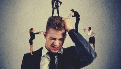 Personas con miedo a los conflictos: cuando el miedo nos impide defendernos