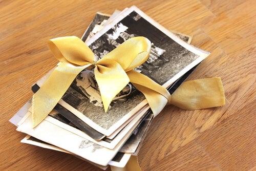 Fotos con un lazo amarillo