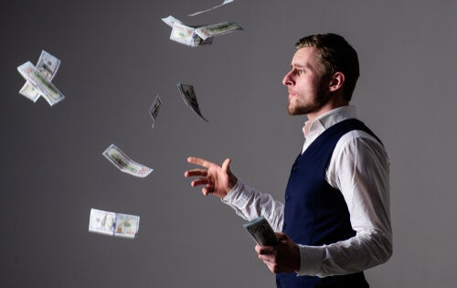 Hombre billetes