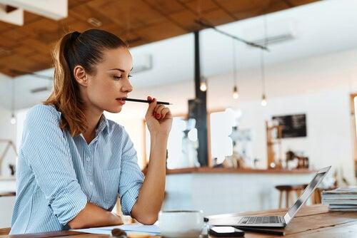 4 claves para trabajar y estudiar al mismo tiempo
