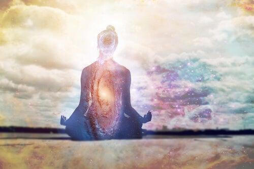 La repetición de mantras puede calmar tu mente