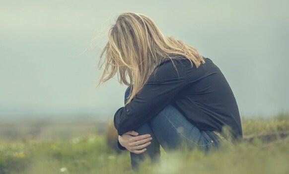 Cuando la falta de confianza nos invade: la inseguridad emocional