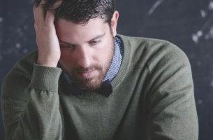 Profesor estresado