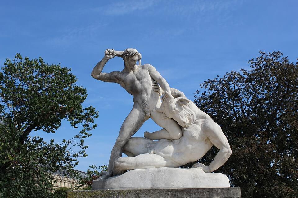 Estatua de Teseo