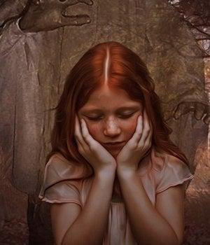 manos que atrapan a una niña simbolizando a las hijas de madres narcisistas