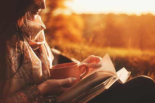 Las ventajas de leer en papel