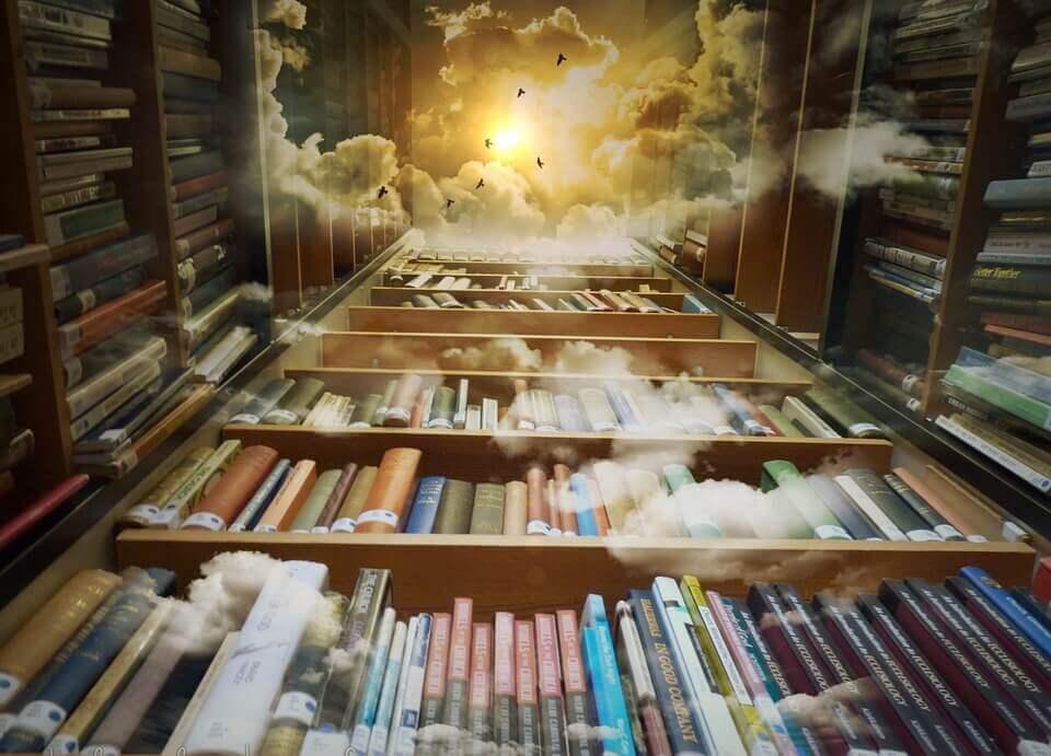 Librería con muchos libros