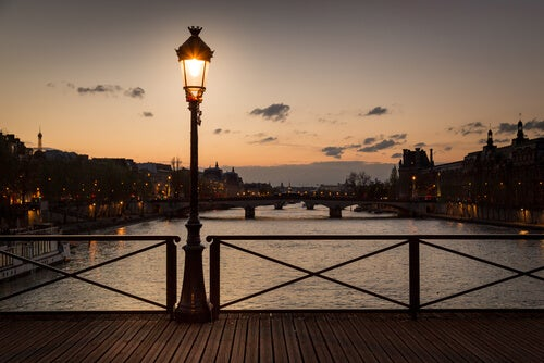 Atardecer en París