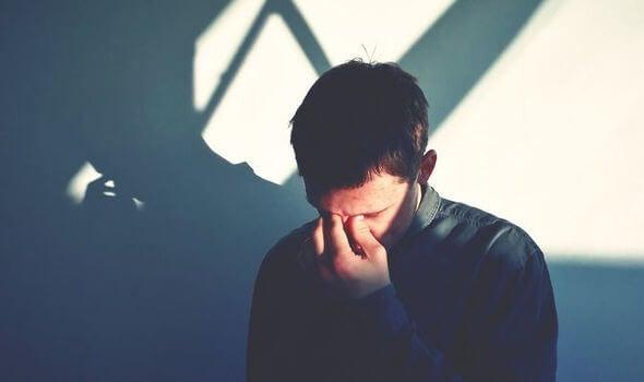 10 hábitos mentales que hacen la vida más difícil