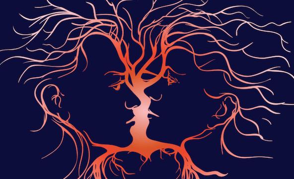 pareja formando corazón simbolizando el arte de la inteligencia emocional para sanar