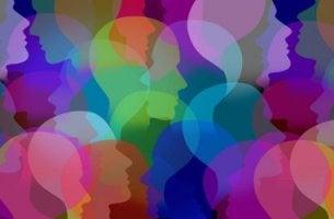 Rostros de colores