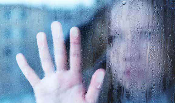 Delirio de cristal, creerse tan frágil como el vidrio