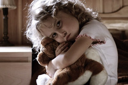 Detrás de un niño hiperactivo, ¿traumas o estrés infantil?