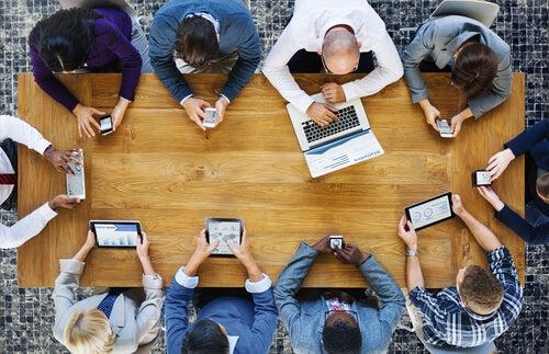 Comunicación empresarial: tipos y características