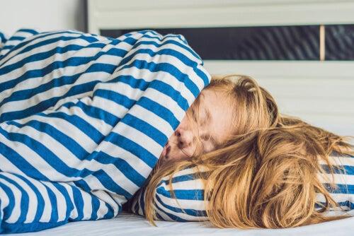 Dormir mucho: 5 consecuencias para la salud