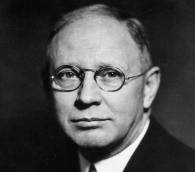 Clark L. Hull y el conductismo deductivo