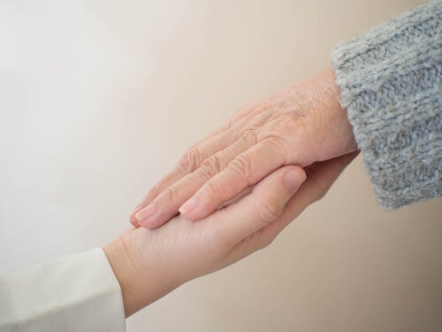 Terapia de validación afectiva: la comunicación con personas con deterioro cognitivo