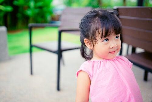 El método de distracción como forma de disciplina para los niños