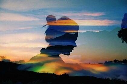 La mente extendida: conectar más allá del cerebro y de la piel