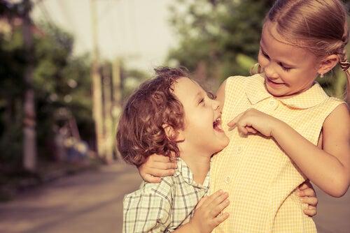 Características y cualidades de las relaciones entre hermanos
