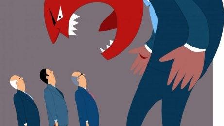 Jefe iracundo representando a los psicópatas corporativos