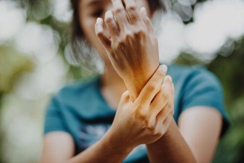 El síndrome de la mano ajena