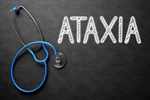 Ataxia: síntomas, causas y tratamiento