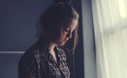 El efecto felpudo: cuando perdonar demasiado desgasta